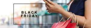 jente med mobil og shoppingposer